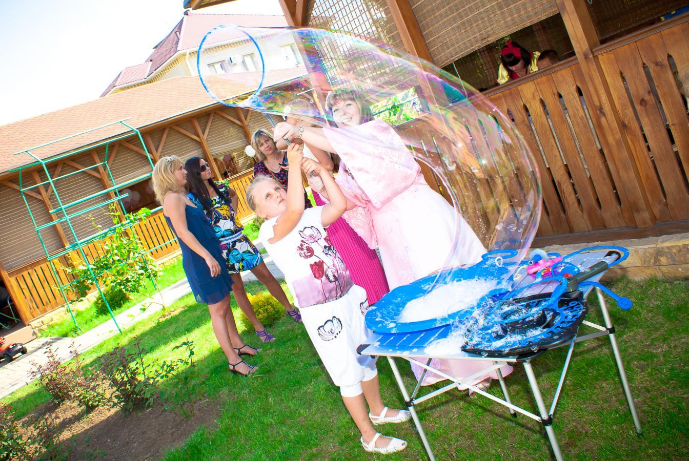 Как сделать шоу мыльных пузырей в домашних условиях 7
