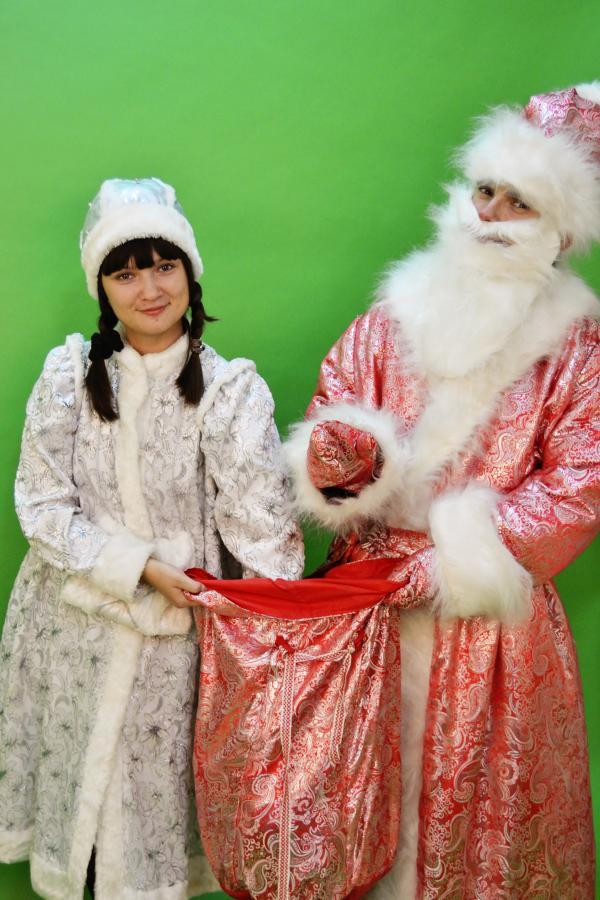 Поздравление новогодние костюмированные